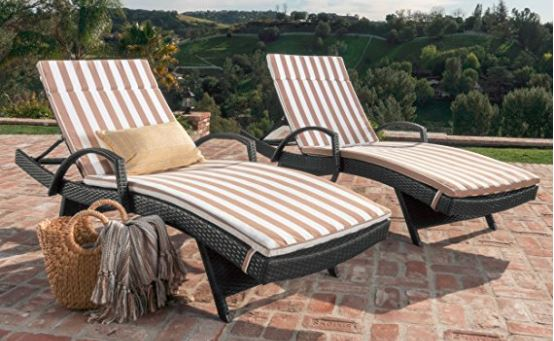 Set of Two Wicker Lounges